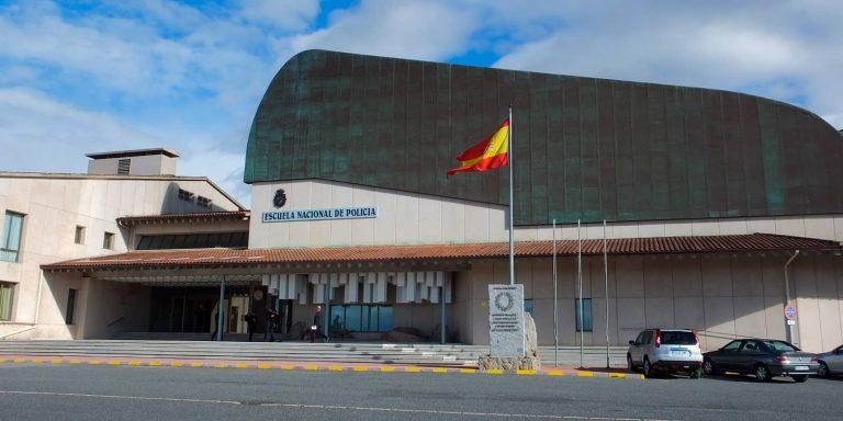 escuela nacional de policía en Ávila