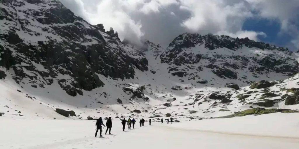 Realizar alpinismo en la sierra de Gredos
