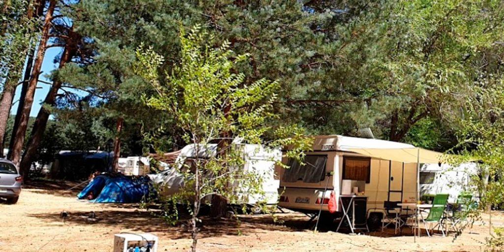 Camping Gredos de Hoyos del Espino