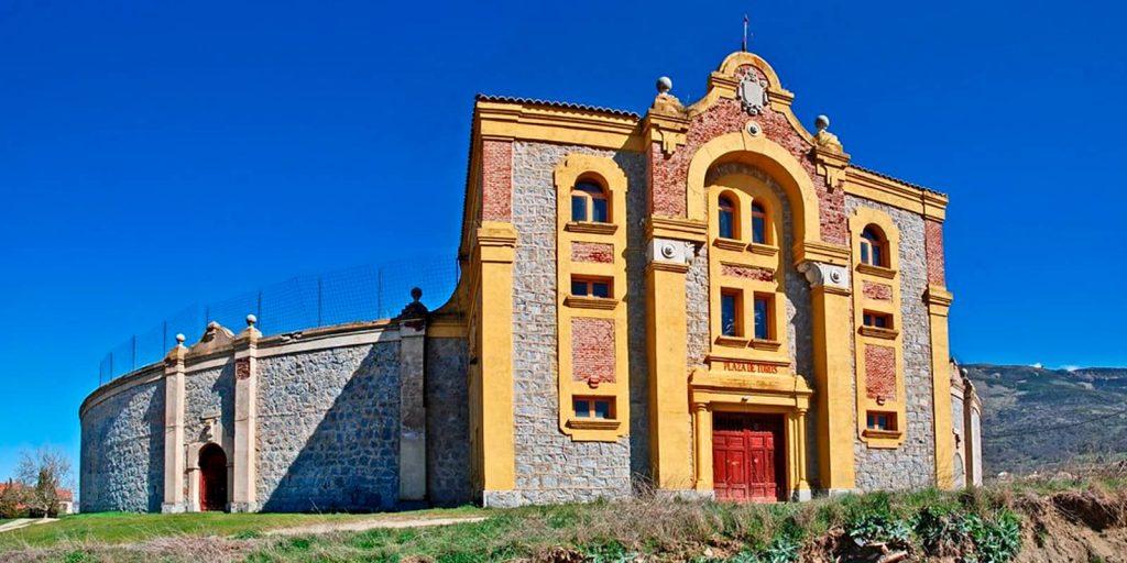 Plaza de toros de Piedrahíta