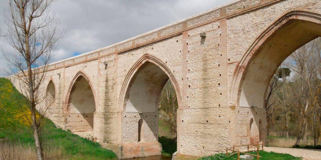 Puentes de Arévalo